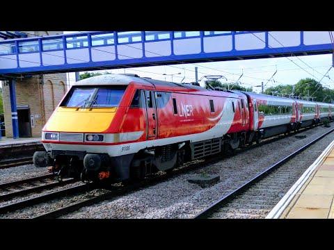 A Few Trains At Huntingdon, ECML   15/08/18
