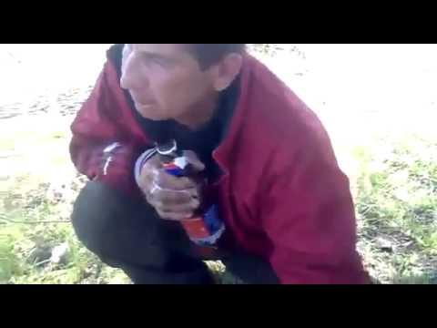 Петя профессионал своего дела 1л пива залпом :D