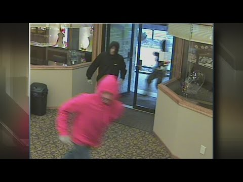 Five indicted for West Bend jewelry store theft