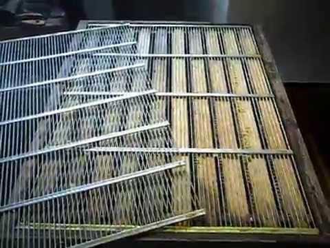 Предлагаем вам приобрести по выгодным ценам металлические решетки на окна от производителя. Гарантируем надежность и качество всех наших изделий!
