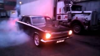 Газ 24 V8 Black Lucky burnout .)