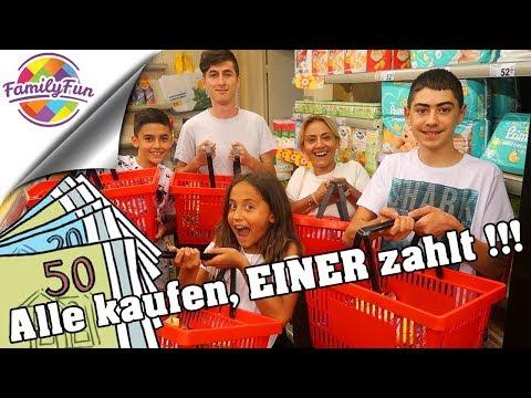ALLE kaufen ein - EINER bezahlt ALLES !!! Challenge im Supermarkt | Family Fun