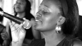 Quand je regarde ta sainteté (Je veux t'adorer) Par Jeannette Nsabimana