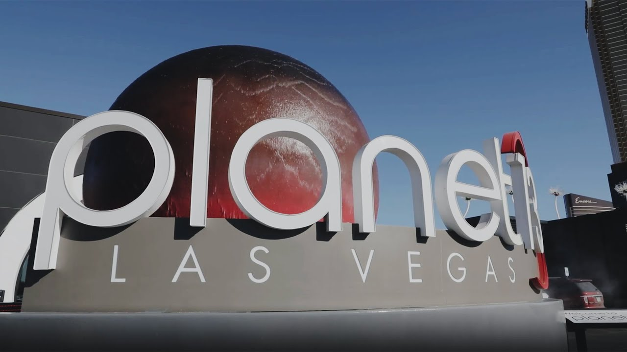 Inside Planet 13, the world's largest cannabis dispensary