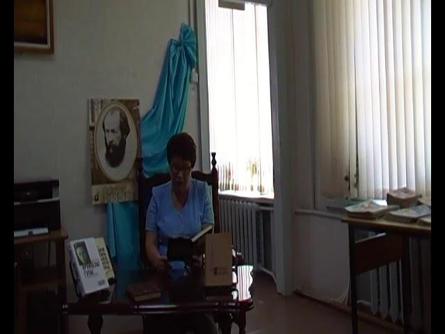 Изображение предпросмотра прочтения – ВалентинаКоролёва читает произведение «Крохотки; Молитва» А.И.Солженицына