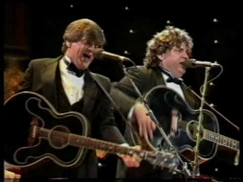 Wake Up Little Susie ~~~ Everly Brothers, Melbourne, 1989