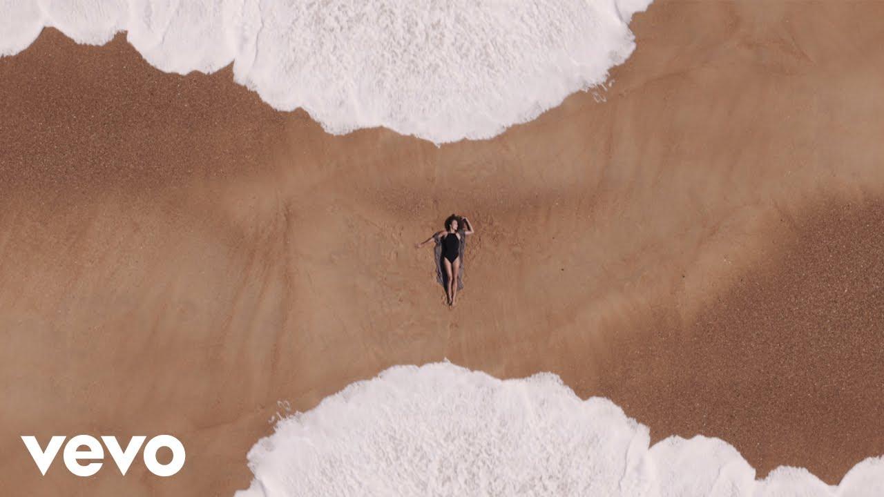 Download Justine Mauvin - Waterman