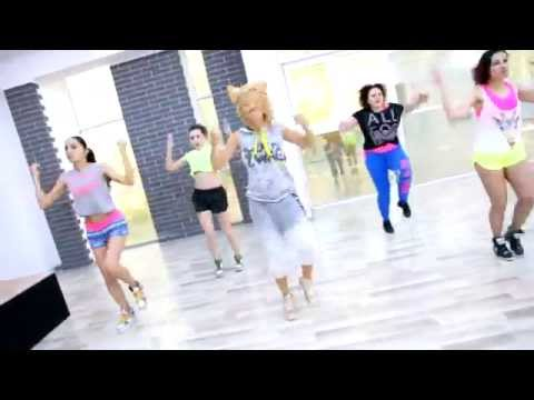 Shakira – Dare (La La La) Zumba Fitness by Didem Zeybek and Narciss.NERO DANCE CENTER