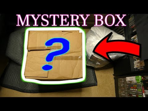 GIANT MYSTERY BOX: WHATS IN IT?!? Dumpster Diving Gamestop Night #581