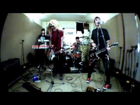 GEEKS 雑音オーケストラ (Zatsuon Orchestra) Music clip