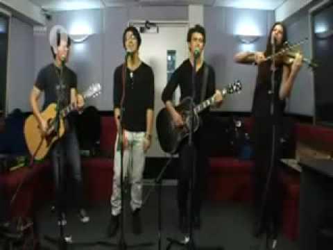 Jonas BrothersThinking Of You+LYRICS+DOWNLOAD+Acoustic BBC Radio 1  Lounge