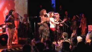 Neneh Cherry Live at the Music Hall of Williamsburg (Ari Up Tribute)