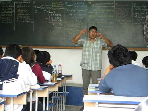Tigre Motivando A Sus Alumnos Para El Examen A San Marcos