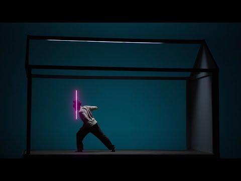 Guess Who - De Acasă (Videoclip Oficial)