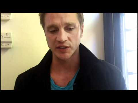 "Nikita's Devon Sawa on Owen's return in ""Falling Ash"""