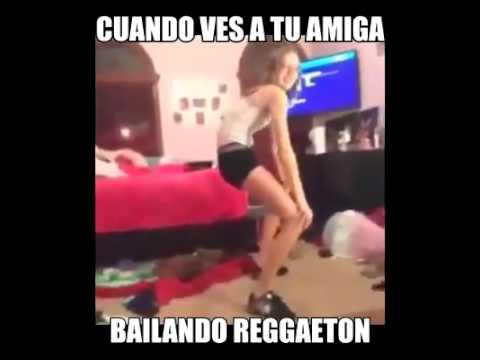 Bailando desnudo a mi canción favorita 4