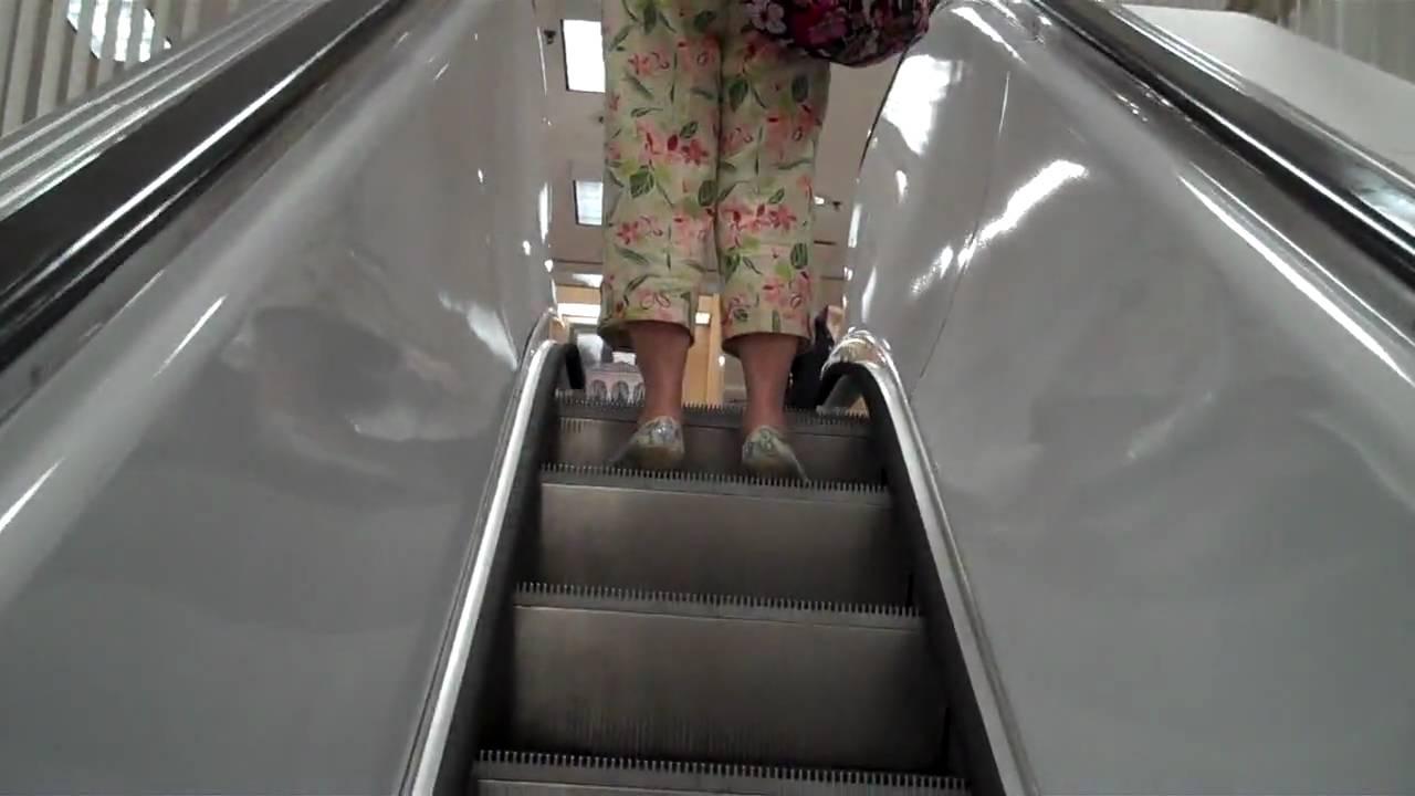 1950s Westinghouse Escalators At Lord Taylor Garden City Ny Youtube