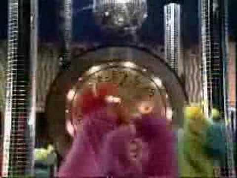 Sesame Street -  Honk Around The Clock