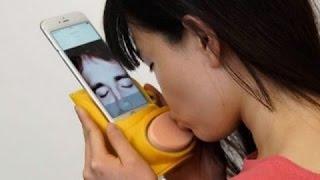 8 ACCESSOIRES pour IPHONE totalement WTF !