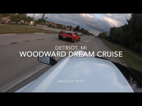 Woodward Dream Cruise 2019 – Detroit, Michigan – Drag Racing, burnouts – Night Shift