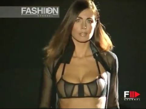 Lingerie LA PERLA Underwear Spring Summer 2002 – 10 Years Ago by Fashion Channel