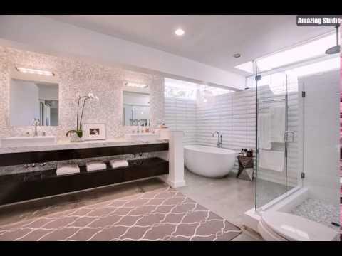 Master Bad Mit Zwei Waschbecken Glas Duschbereich Und Eine Standing