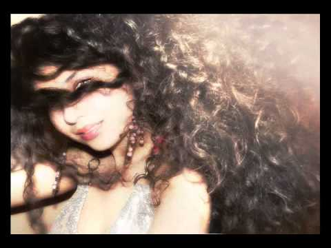 Giulia - Chandelier Slow Version ( COVER ) - YouTube