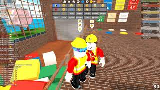 I'm looking at an idiot who's messing up roblox.