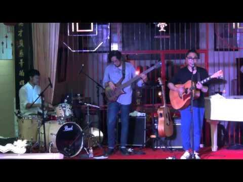 Memilihmu - Adhitia sofyan live @loenpia jazz 2014