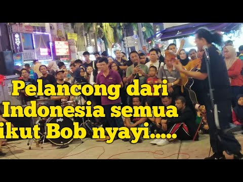 when-bob-brought-this-song,-travelers-from-indonesia-all-gathered-to-join-bob-nyayi