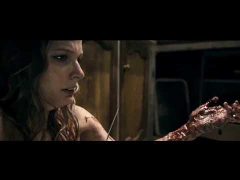 Супер подборка кровавых сцен из хитовых фильмов-ужасов.