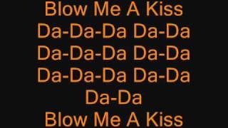 Скачать Git Fresh Blow Me A Kiss