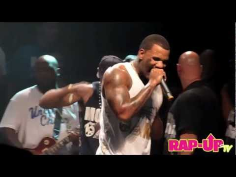 Game Performs 'Dreams' Live in L.A.
