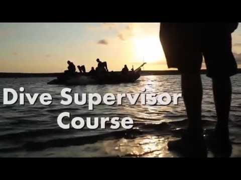 Recon Marines learn leadership in the water during the Dive Supervisor Course