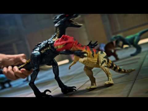 Jurassic world grab 'n growl indoraptor dinosaur - smyths toys