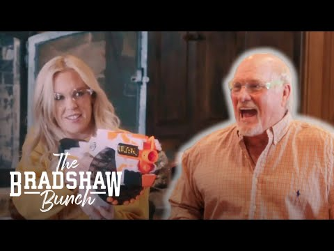 Terry's Top Tips for Surviving a House Full of Women   The Bradshaw Bunch   E!