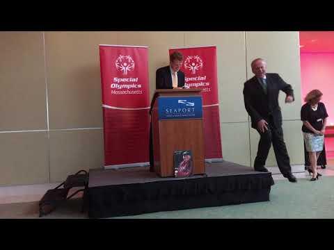 """2017 John """"Jack"""" Brett Award: Representative Joe Kennedy III"""