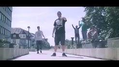 Signer ft. Schote, Serbo, Jaymz Dean, Erabi - Füchse in den Nikesocken