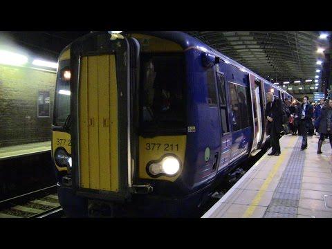 (HD) Rush Hour at Farringdon 18/12/2014