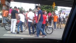 Motoristas se preparan para carrera entrada Los Alcarrizos