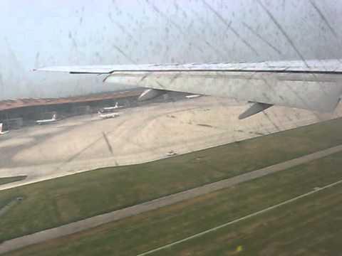Landing at Beijing Capital International Airport CA 910 SVO - PEKBoeing 777-2J6