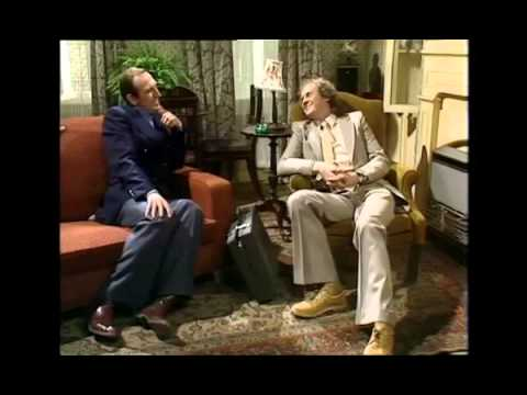 The Fall and Rise of Reginald Perrin: S03E01 (BBC TV Shows)