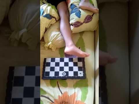 Sulap catur menjadi bantal