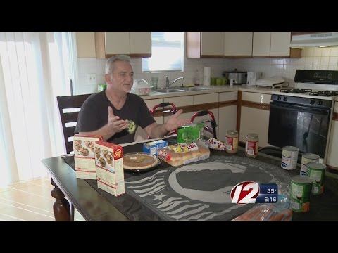 Firefighters Surprise Veteran with Thanksgiving Feast