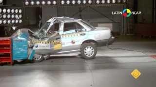 Nissan Tsuru Sentra B13 Crash Test Latin NCAP - NO Airbags