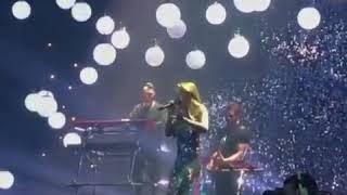 Тина Кароль поёт свою песню на церемонии Viva найкрасивіші 2018р