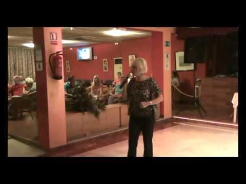 Paulette's show at Riudor Hotel - El Show de Paule...