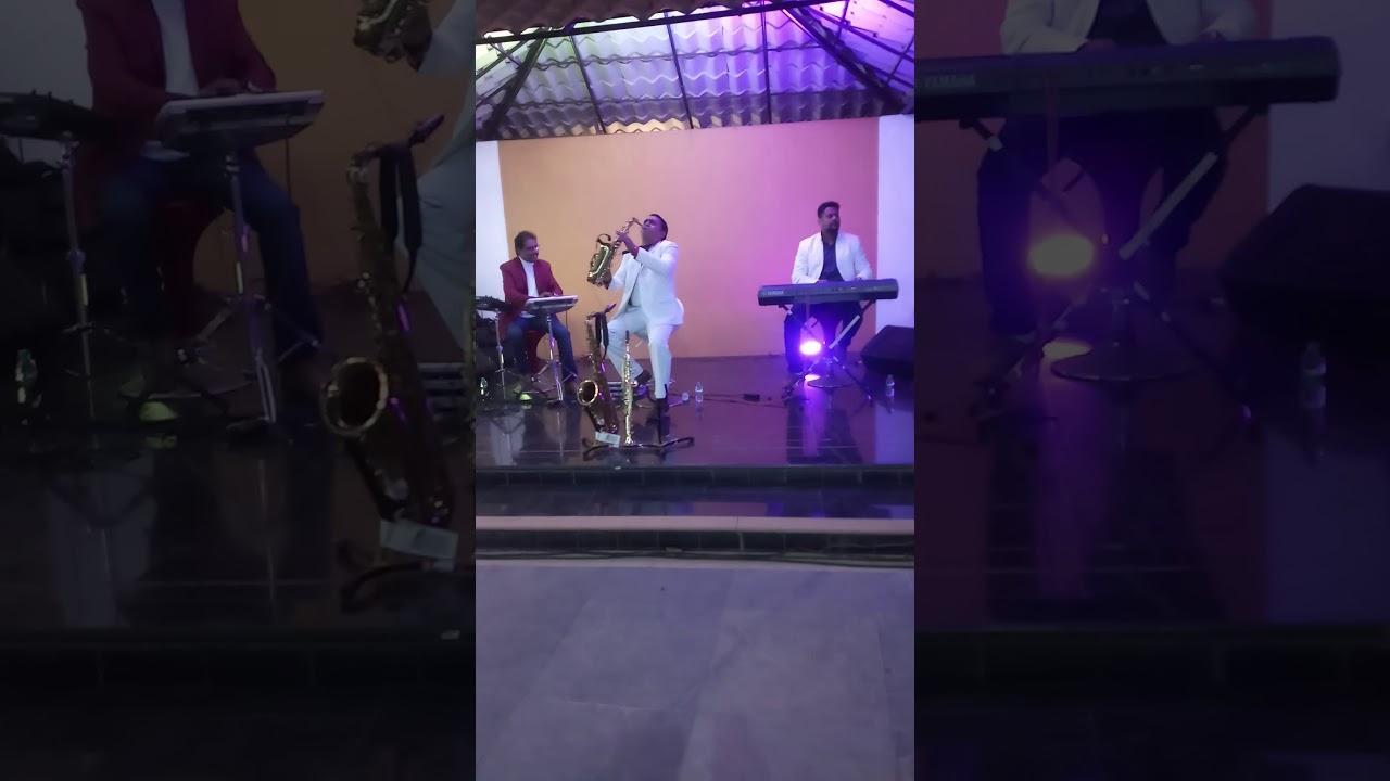 Mai Tenu Samjhawan/Played by Irshad saxophonist and ashish keyboardist Dipak HandSonic