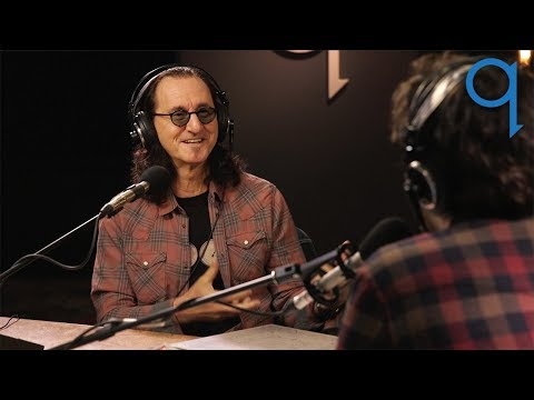 Rush's Geddy Lee on his obsession with the history of the bass guitar Mp3