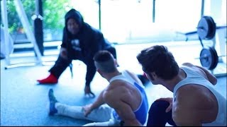 Gambar cover Kai Greene Path of the Predator - Ab Workout & Stretch Warmup - Chapter I w/ Jeff Seid & Alon Gabbay
